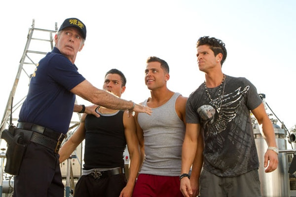 jssa2 - What is the Situation? It's the Trailer for Syfy's Jersey Shore Shark Attack