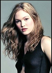 Julia Stiles Stalking Dexter
