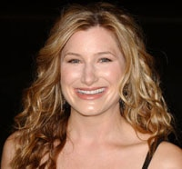Kathryn Hahn Heads to Tomorrowland