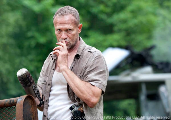 New Walking Dead Image Keeps Things Quiet