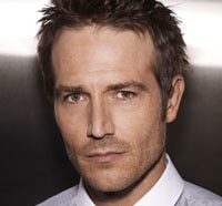 Michael Vartan Heads into Crawlspace