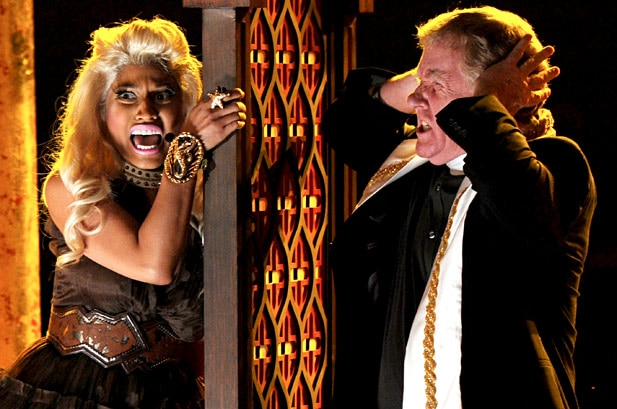 minaj - Evil at the Grammy Awards - Nicki Minaj Scares Up Some Laughs