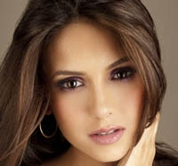 Nina Dobrev Lands Lead in Vampire Diaries