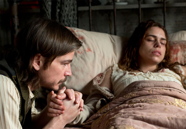 New Images, Clips, and Preview of the Penny Dreadful Season Finale Episode 1.08 - Grand Guignol