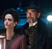Get an Inside Look at the Penny Dreadful Season Finale Episode 1.08 - Grand Guignol