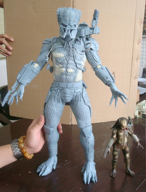 NECA Offers First Look at New Predators Figures Including the 1/4 Scale!