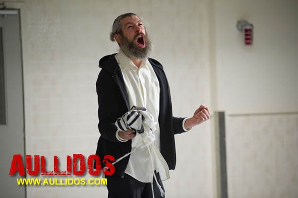 rabbi1 - New Image from The Possession Home to One Furious Rabbi