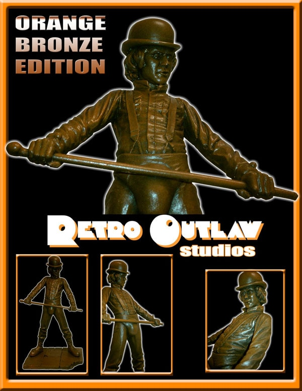 San Diego Comic-Con 2012: Retro Outlaw Bringing the Horror Goods and the Stars!