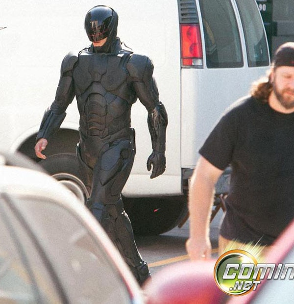 Dexter Star Helps Put Together New RoboCop