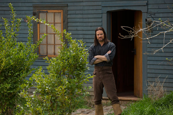 salem108b - Get Rocked by these Stills, Clip, and Expanded Synopsis for Salem Episode 1.08 - Departures