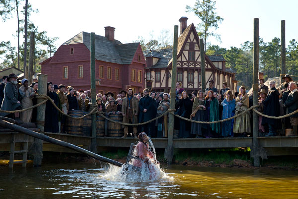 salem108f - Get Rocked by these Stills, Clip, and Expanded Synopsis for Salem Episode 1.08 - Departures