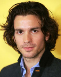 More Casting News for Dexter Season 7 - Santiago Cabrera