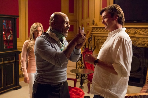 4 New Images From Scary Movie 5 Equal Not 1 Laugh Dread Central