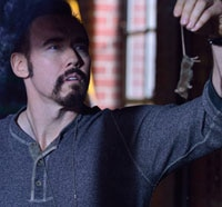 strain102ss - Creepy New Promo and Stills from The Strain Episode 1.02 - The Box