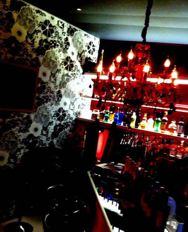 Cambiare - Japan's Suspiria Themed Bar and Grill