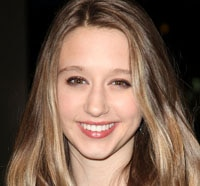 taissa farmiga - American Horror Story's Taissa Farmiga and Malin Akerman Are The Final Girls