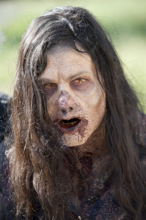 New Images from The Walking Dead Episode 3.12 - Clear