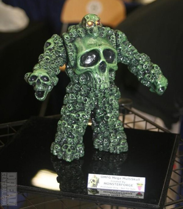 San Diego Comic-Con 2012: Official Toy Gallery! Hundreds of Images! Star Wars, Walking Dead, Universal Monsters, Prometheus, and More!