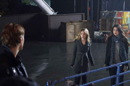 Look Ahead to April 26th with Stills from The Secret Circle Episode 1.20 - Traitor