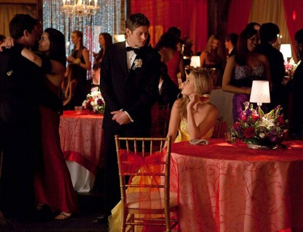 Everyone Looks Pretty as a Picture in These Stills from The Vampire Diaries Episode 4.19 - Pictures of You