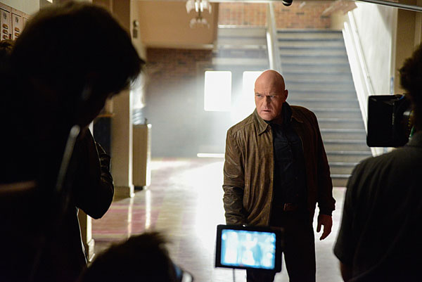 utd202c - Get Infected by these Stills and Preview of Under the Dome Episode 2.02 - Infestation