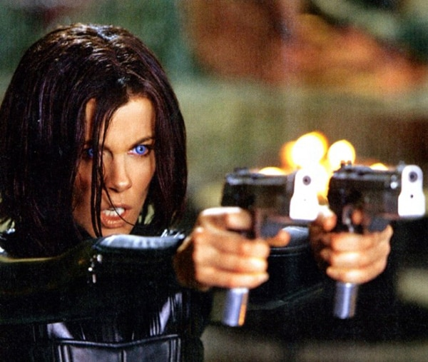 First Official Look at Kate Beckinsale in New Underworld Flick, Colin Farrell in Total Recall, and a New Raven Image
