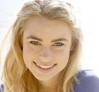 Exclusive: Lucy Fry Talks Vampire Academy and More!