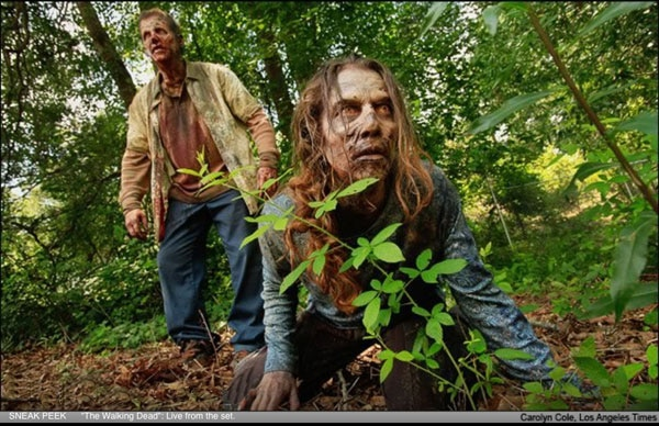 Another Walking Dead Still Found Creeping Around