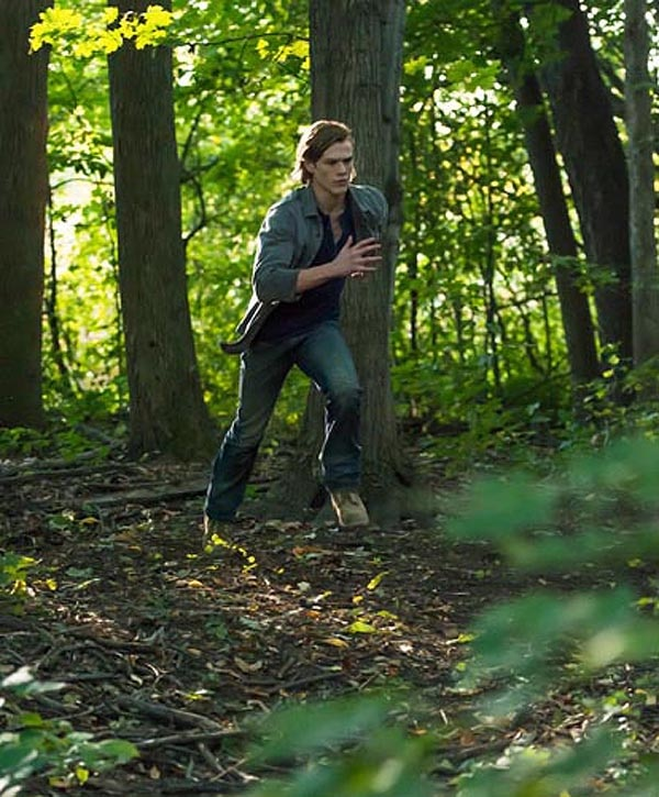 wolves1 - New Stills from David Hayter's Werewolf Thriller Wolves