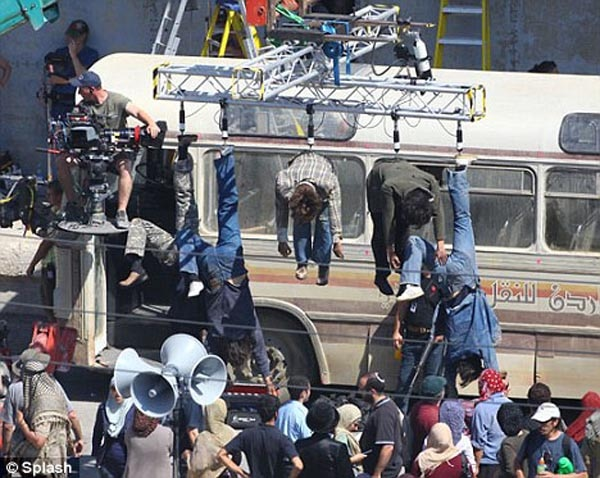 Hang Around with the Dead on the Set of World War Z